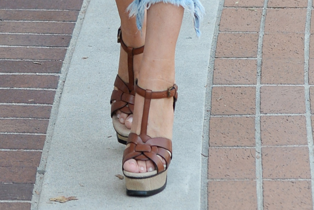 Sofia Vergara, Heels, Brown Platform Sandals