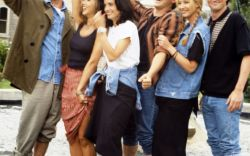 'Friends' Style: '90s-2000s