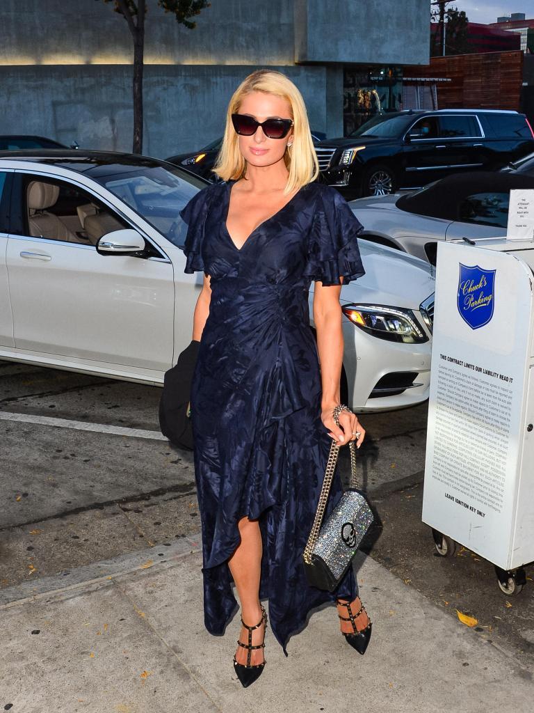 Paris Hilton, dress, Valentino, Rockstud, skull, purse