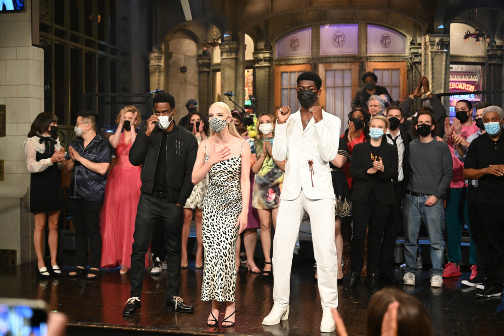 """SATURDAY NIGHT LIVE -- """"Anya Taylor-Joy"""" Episode 1805 -- Pictured: (l-r) Special guest Chris Rock, host Anya Taylor-Joy, and musical guest Lil Nas X during """"Goodnights & Credits"""" on Saturday, May 22, 2021 -- (Photo by: Will Heath/NBC)"""