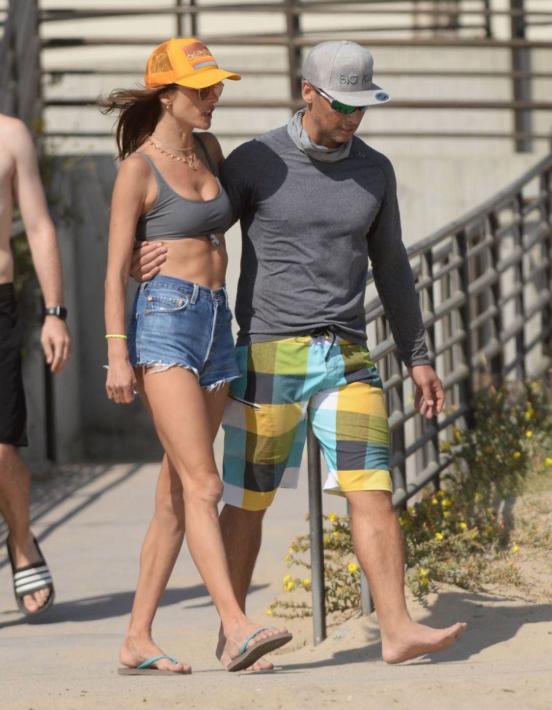 alessandra ambrosio, bikini, shorts, jean shorts, hat, thong sandals, flip flops, richard lee, beach, volleyball, california