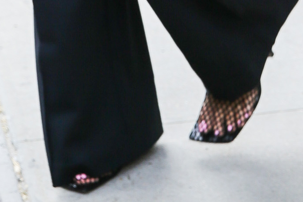 ashley graham, suit, blazer, pants, heels, fishnet, pumps, bottega veneta, ny