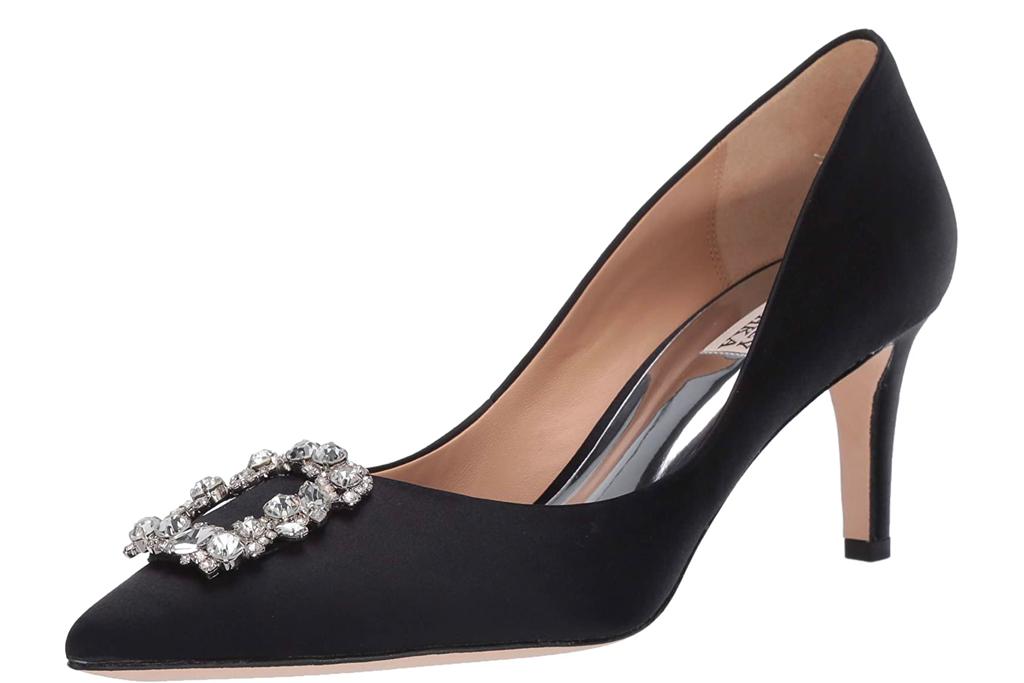 black heels, pumps, badgley mischka
