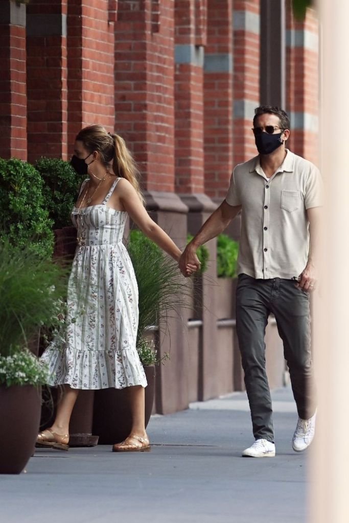 blake lively, dress, bustier, sandals, jelly sandals, apartment, ny, ryan reynolds, date