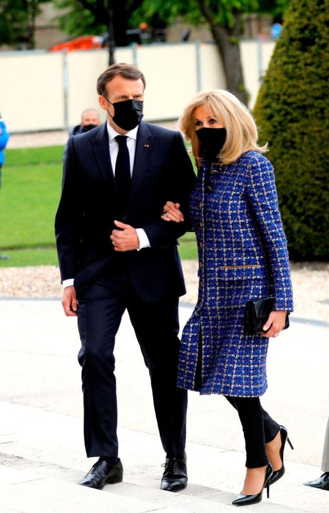 brigitte macron, skinny jeans, tweed, coat, blue, heels, pumps, france, napoelon, emmanuel macron