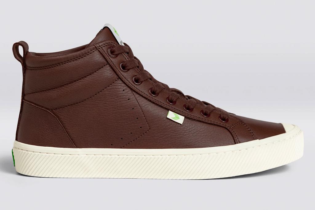 sneakers, brown leather, cariuma