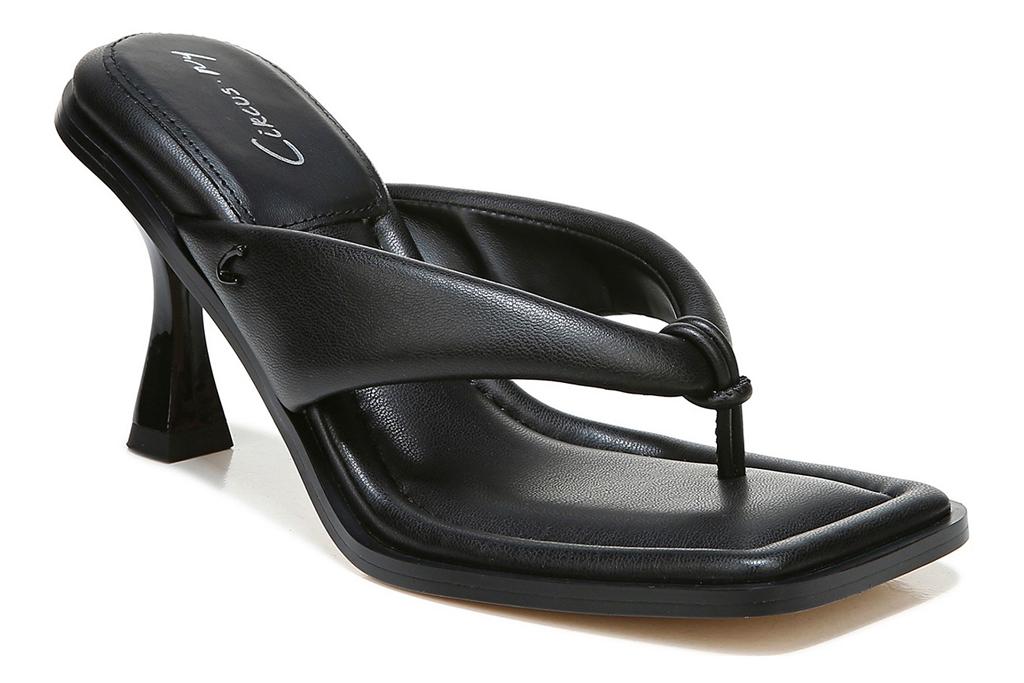 black sandals, thong, square, sam edelman