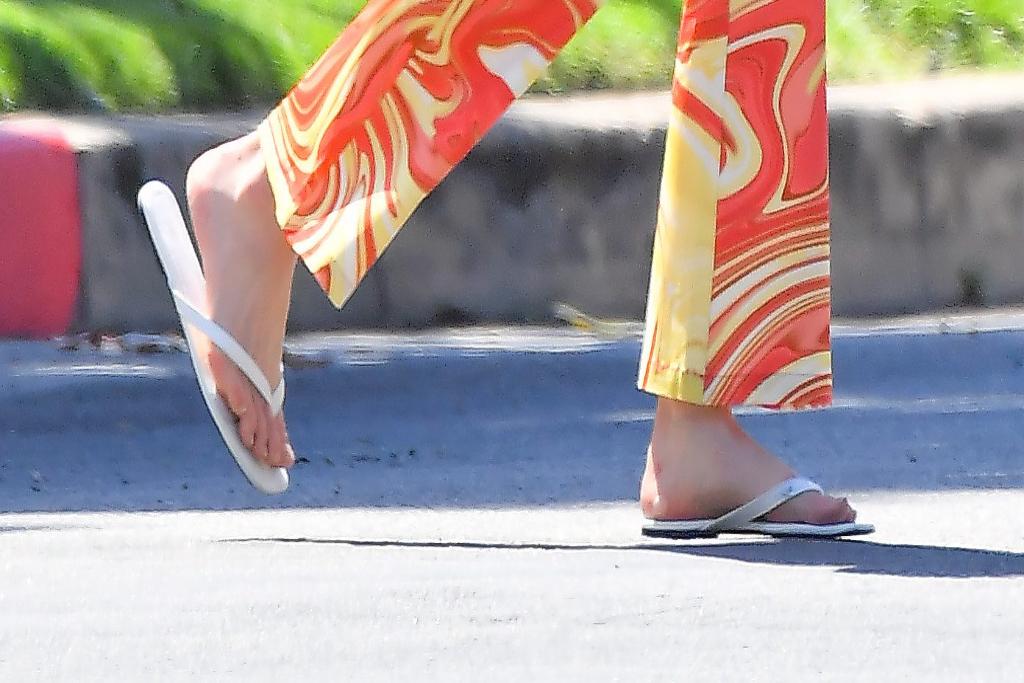 Elsa Hosk, thong sandals, los angeles