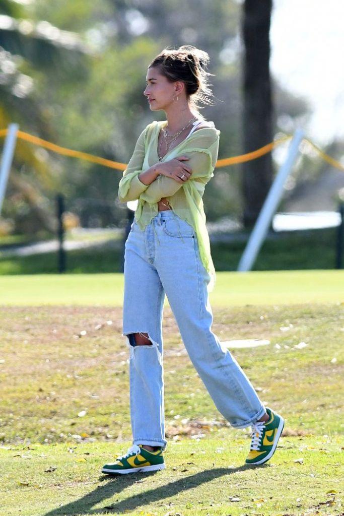 hailey baldwin, bralette, sheer shirt, sneakers, nike, brazil, dunks, golf course, justin bieber, music video, hair, miami
