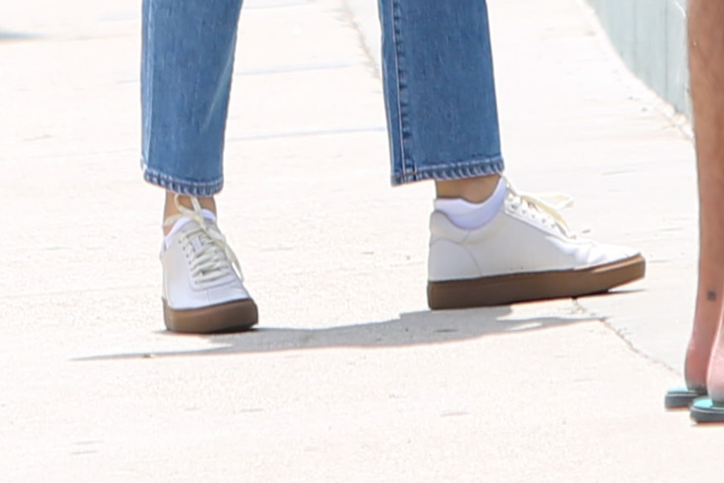 Jennifer Garner, white sneakers, LA
