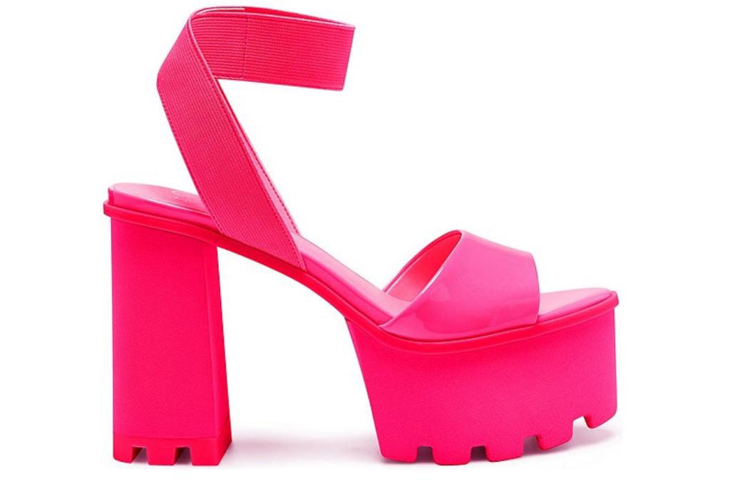 pink heels, platforms, jessica simson