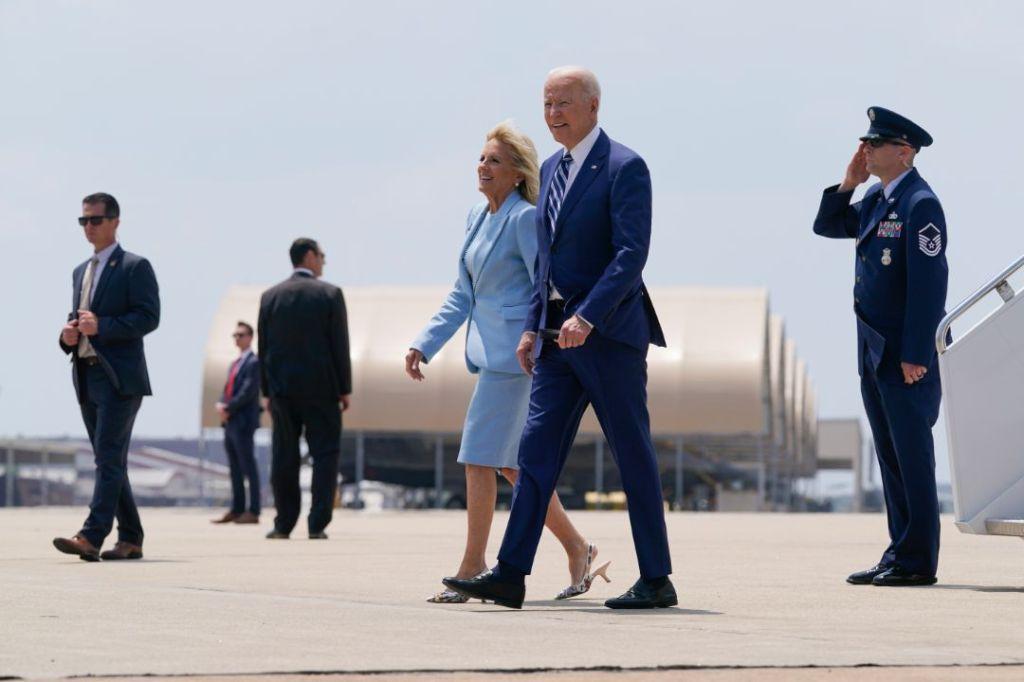 jill biden, dress, skirt, jacket, blazer, heels, dior, military base, virginia, joe biden, president