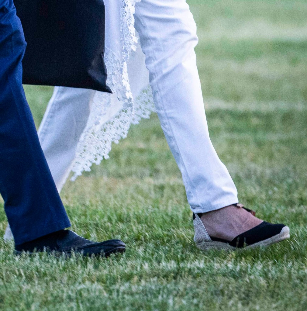 shoes, United States President Joe Biden and first lady Dr. Jill Biden return to the White House from a weekend at Camp David, the presidential retreat near Thurmont, Maryland in Washington, DC, USA, 23 May 2021. Credit: Jim LoScalzo / Pool via CNP. 23 May 2021 Pictured: United States President Joe Biden and first lady Dr. Jill Biden return to the White House from a weekend at Camp David, the presidential retreat near Thurmont, Maryland in Washington, DC, USA, 23 May 2021. Credit: Jim LoScalzo / Pool via CNP. Photo credit: Jim LoScalzo - Pool via CNP / MEGA TheMegaAgency.com +1 888 505 6342 (Mega Agency TagID: MEGA757095_005.jpg) [Photo via Mega Agency]