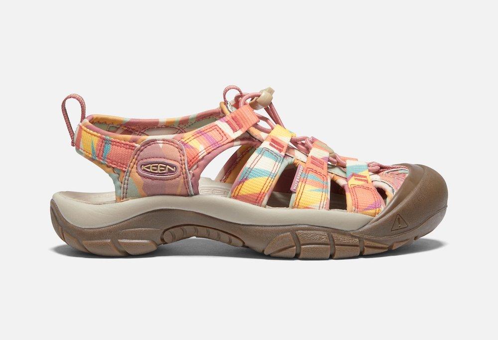 Keen newport h2, best travel shoes for women