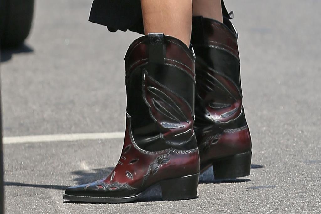 kendall jenner, dress, slip dress, cowboy boots, western, cowgirl, car, la, sunglasses