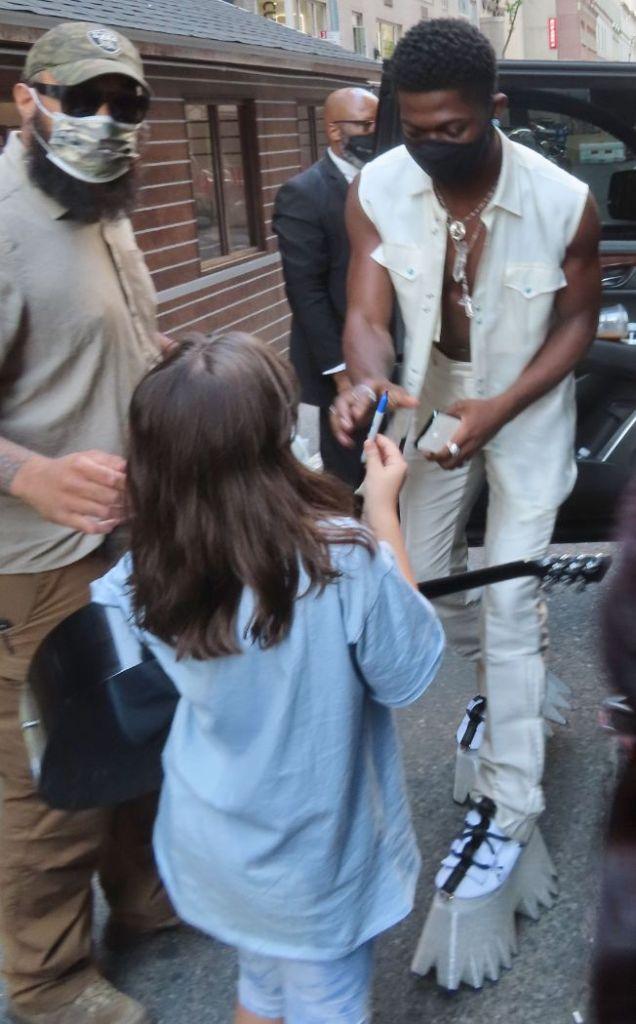 lil nas x, vest, shirtless, pants, boots, platforms, snl, show, new york