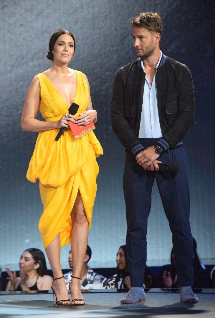 mandy moore, dress, yellow, heels, mtv movie tv awards, leslie jones, justin hartley