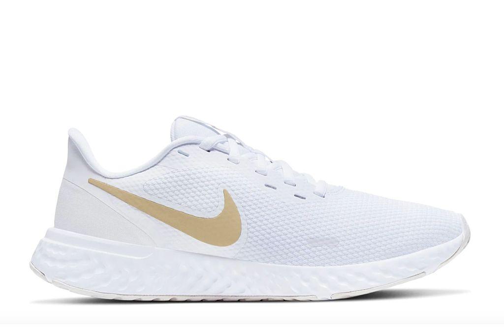 nike, revolution 5 running shoes, jojo fletcher, dsw