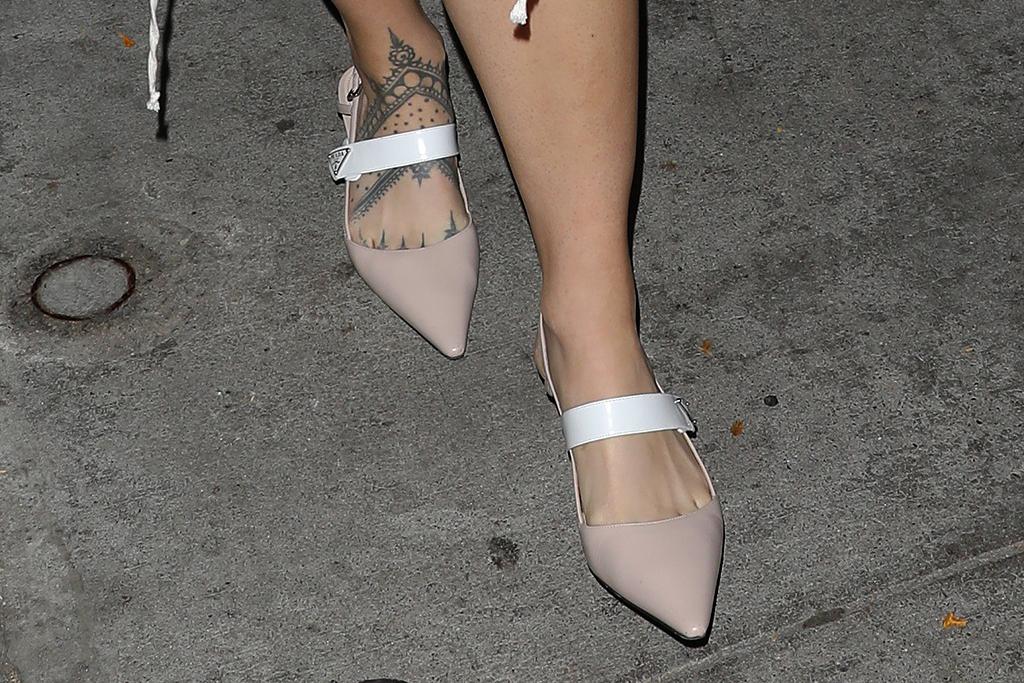 rosalía, rosalia, corset, skirt, shirt, blouse, heels, pumps, dinner, craigs, la