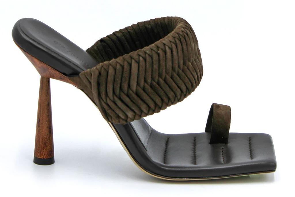 rosie huntington-whiteley, gia, heels, toe ring
