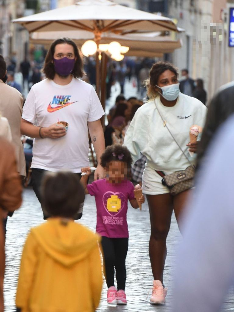 serena williams, shorts, sweatshirt, nike, sneakers, alexis ohanian, olympia, daughter, italy, rome,