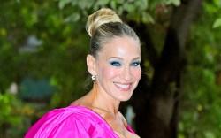 sarah jessica parker, pink dress, pink