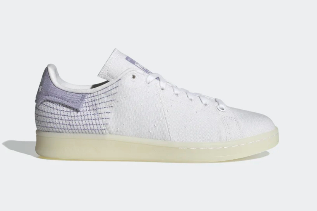 adidas Stan Smith Primeblue Shoes in Cloud White/ Dust Purple / Core Black, White Sneakers