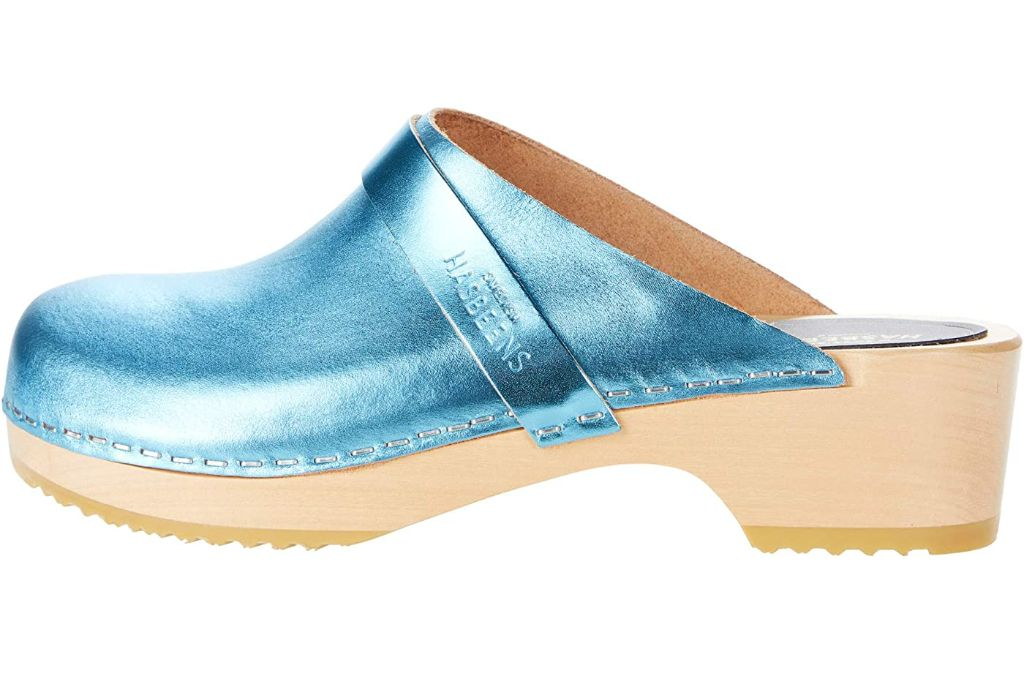clogs, clog shoes, how to wear clogs, clog shoe trend, spring 2021 fashion trends, spring 2021 trends, trends, fashion, shoes, swedish hasbeens, swedish hasbeens clogs