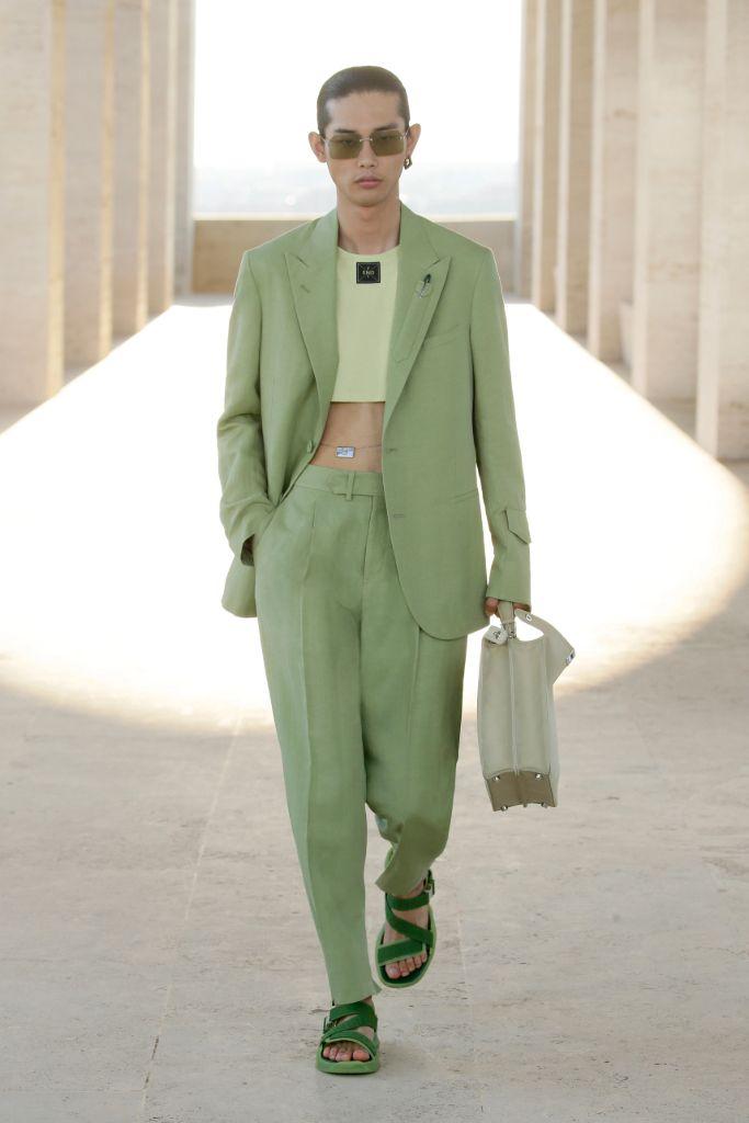 fendi, fendi spring 2022, fendi men's, fendi men's spring 2022, fashion, fendi shoes, fendi fashion, men's fashion, menswear, genderless dressing, gender neutral dressing