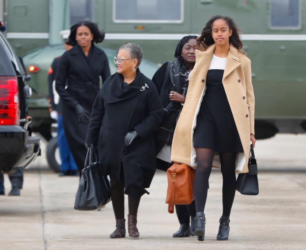 Malia Obama, Cinq A Sept, Givenchy, boots