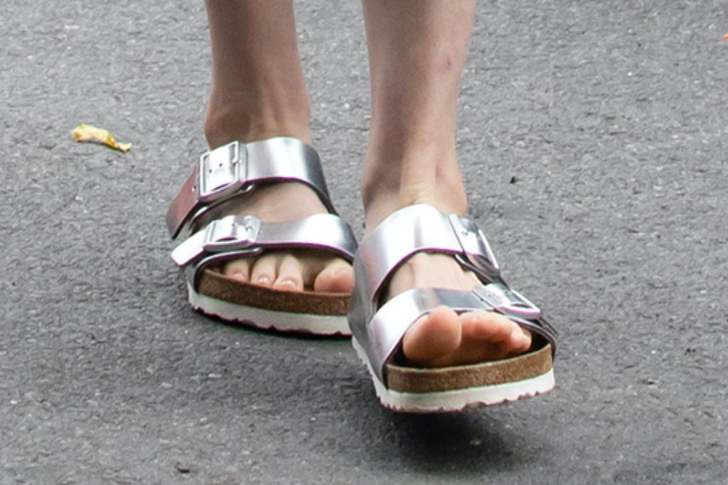 Anne Hathaway, Birkenstock, sandals