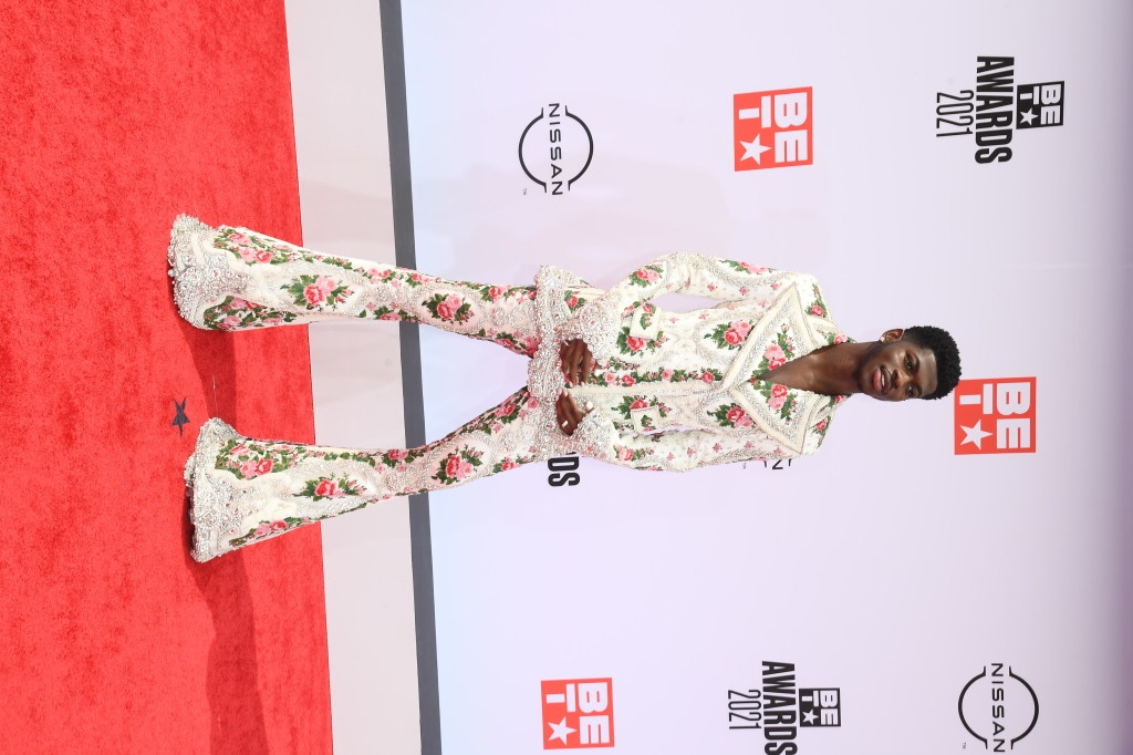Lil Nas X Stuns With Two Bold Outfits on 2021 BET Awards Red Carpet – Portsdebalears News