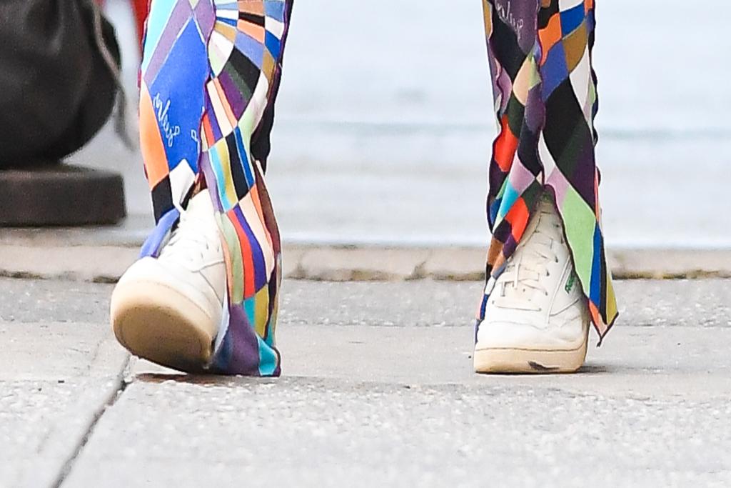 Emily Ratajkowski, Reebok, sneakers