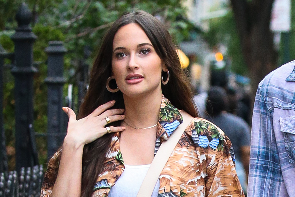 Kacey Musgraves Goes on Date Night in a Crop Top, Cutoff Shorts & See-Through Sandals on Cork Heels - Footwear News