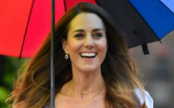 Kate Middleton, Gianvito Rossi, pumps, rainbow