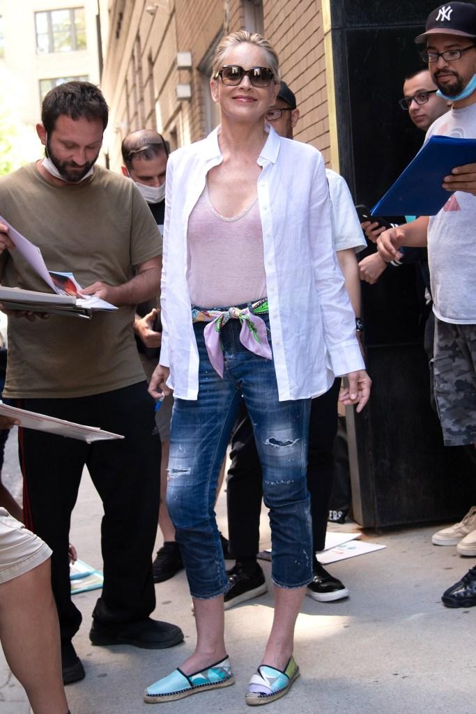 Sharon Stone, espadrilles