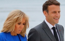 brigitte macron, french first lady, dress,