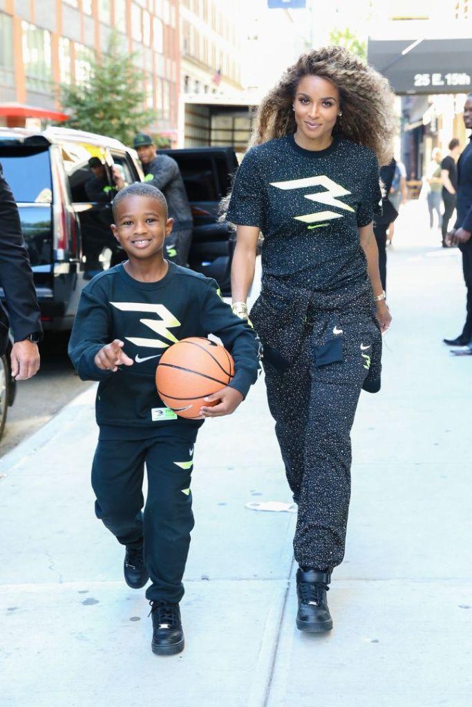 ciara, t-shirt, sweatpants, russell wilson, sneakers, nike, 3brand, kids, son, daughter, new york