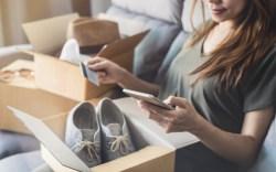 Consumer Shoe Mobile Online Shopping