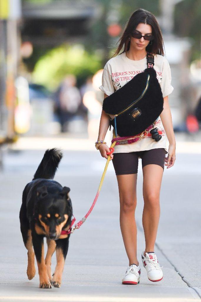 emily ratajkowski, biker shorts, shorts, t-shirt, fanny pack, bag, aries, new balance, sneaker, aime leon dore, new york, ny, colombo, dog, walk