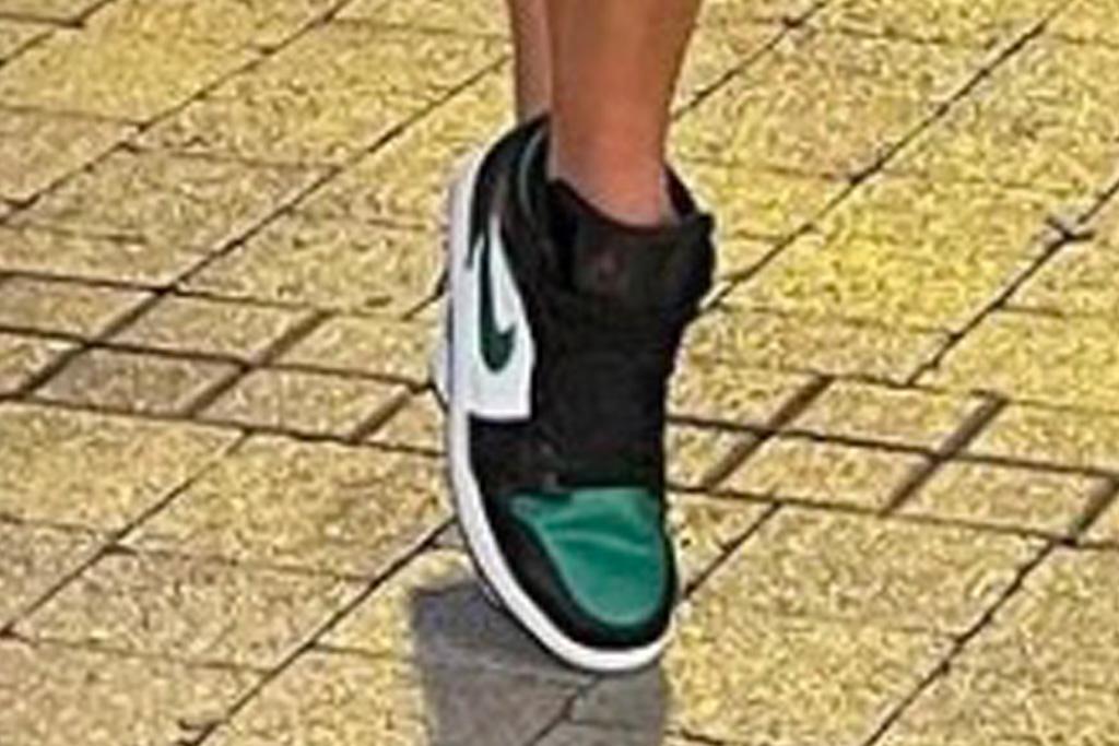 jennifer lopez, bralette, shirt, shorts, jean shorts, sneakers, air jordan, miami, police