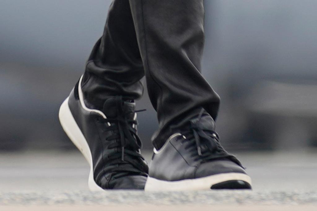 jill biden, jeans, leather, skinny jeans, sneakers, shirt, dress shirt, blazer, joe biden, delaware, washington dc
