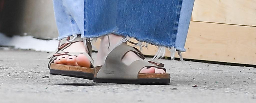 julianne moore, birkenstocks, sandals, nyc