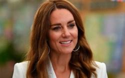 kate middleton, white coat dress, heels,