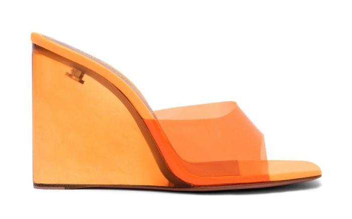 amina muaddi, amina muaddi lupita sandal, amina muaddi wedges, wedge heels, wedge heel trend, amina muaddi shoes, amina muaddi gilda