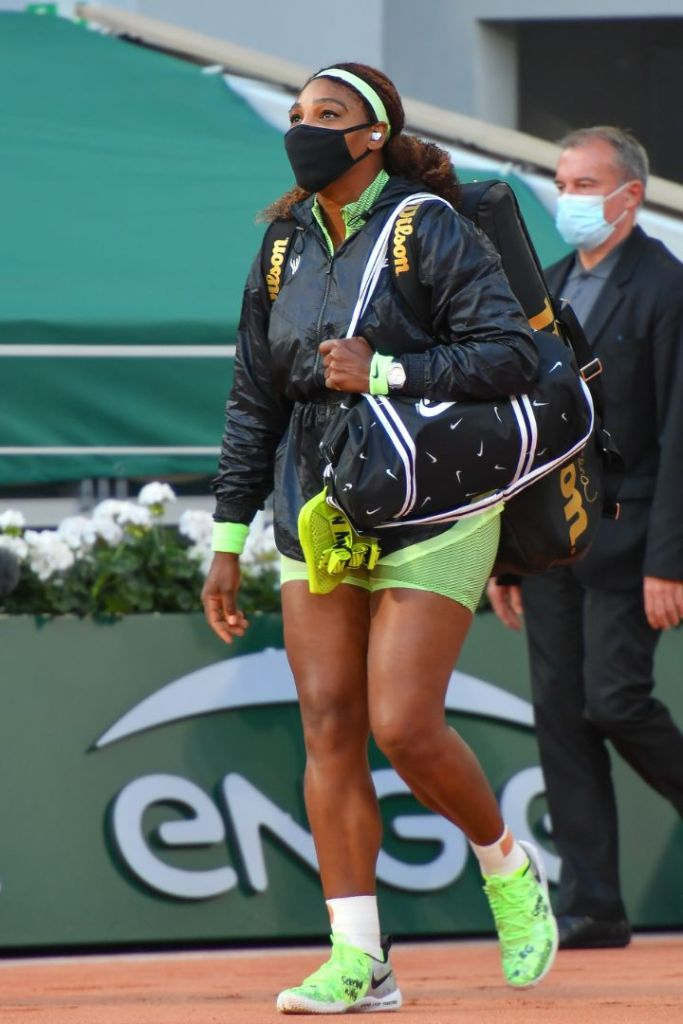 serena williams, skirt, jacket, green, sneakers, nike, french open, tennis, france