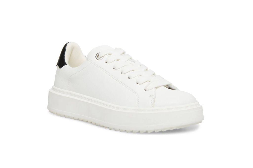 steve madden, charlie platform sneaker, white sneakers