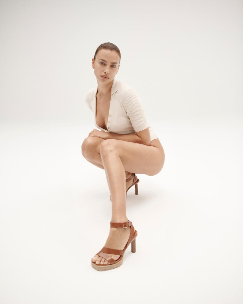 irina shayk, tamara mellon, sun valley, sandal heel