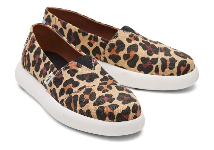 toms-mallow-leopard