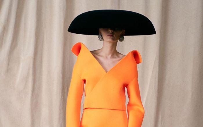 balenciaga, balenciaga couture, demna gvasalia, haute couture, paris couture week, paris fashion week, balenciaga fashion, fashion, balenciaga shoes, demna gvasalia balenciaga